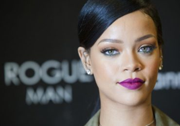"Rihanna Launches ""The Dollar Campaign"" As a Fundraiser For Education"