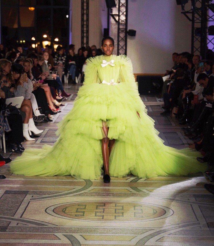 Tami Williams for Giambattista Valli Spring 2018 Couture Collection