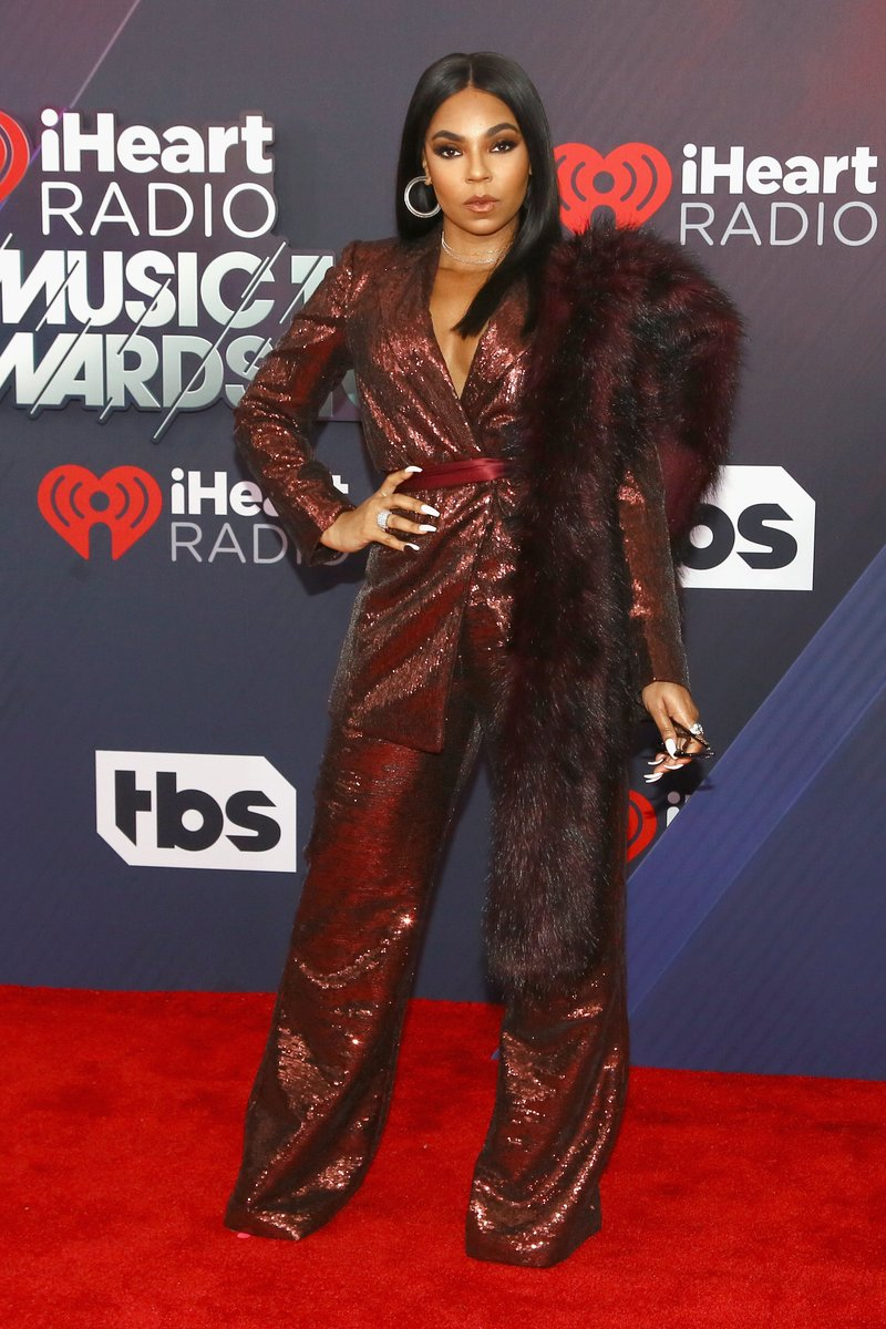 Ashanti at the 2018 iHeartRadio Music Awards. Photo by Gabriel Olsen/WireImage